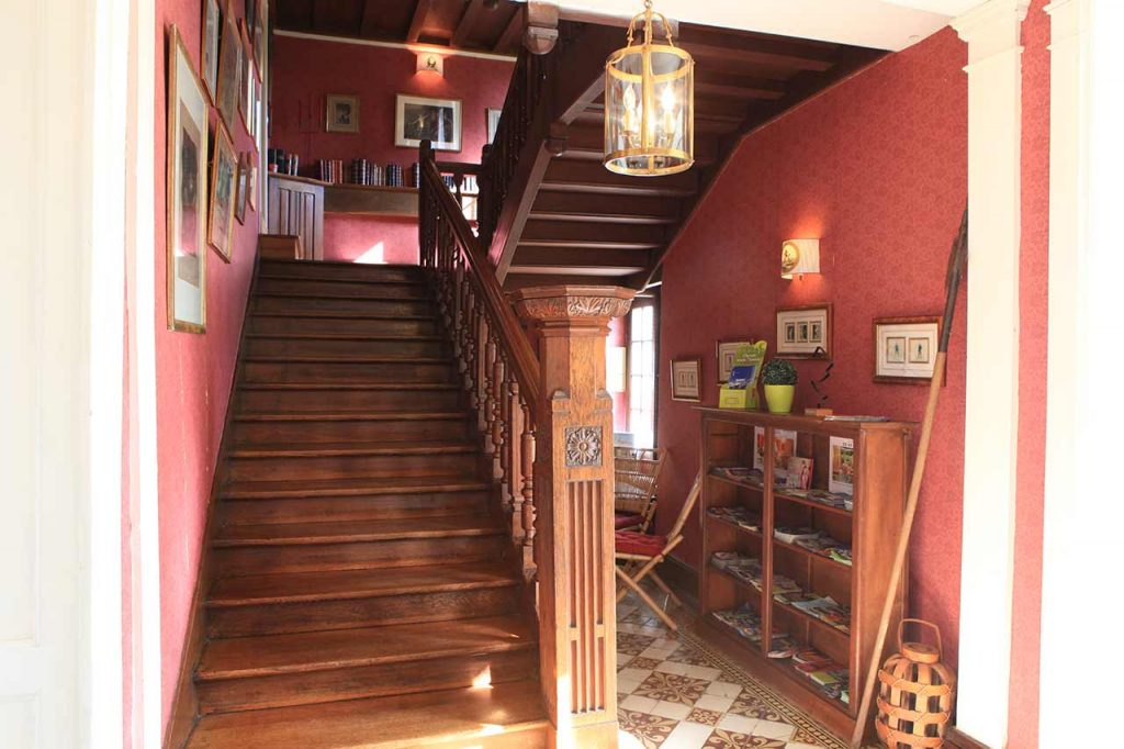 escalier-chambres-chateau-37